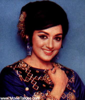 Deepika Padukone In Om Shanti Om Hairstyle